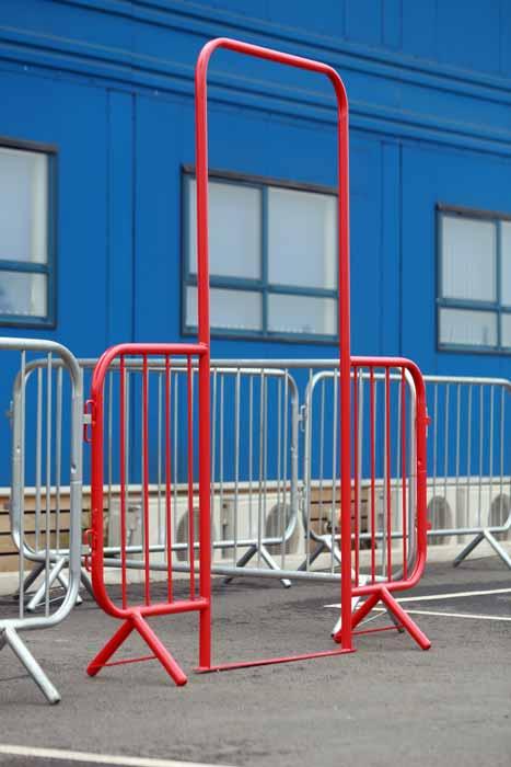 Pedestrian Barrier Metal Per Mtr Trent Hire And Sales